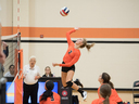 Panthers Rally Over Duchesne in Volleyball District Opener